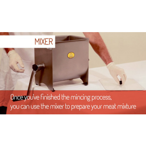 Tre Spade Meat Mincer & Meat Mixing Video-0